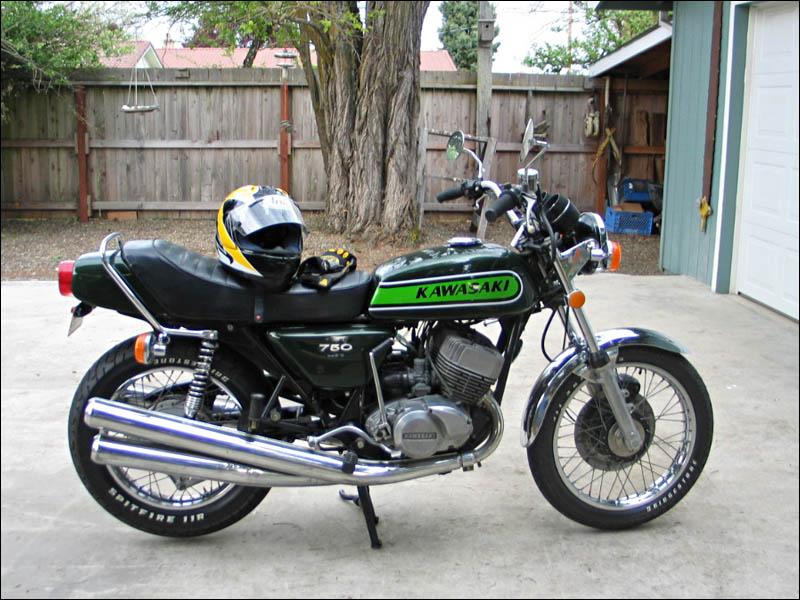 Kawasaki H2 750 Triple Engine in 1990 ZX-7 Chis - FourWheelForum